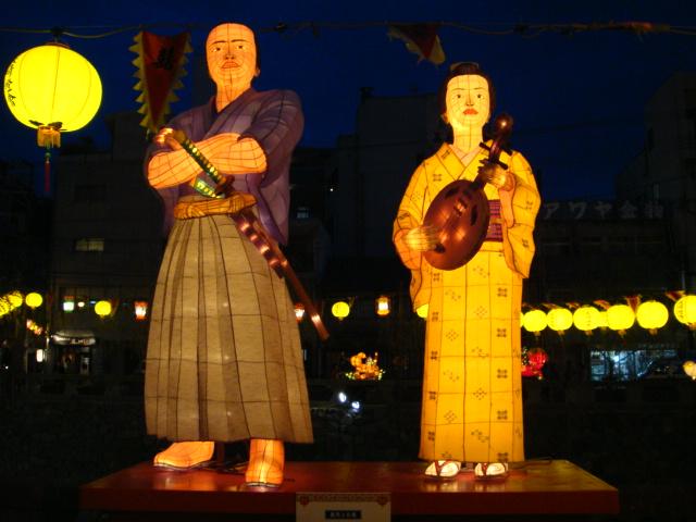 長崎ランタンフェスティバルの龍馬とお龍のオブジェ